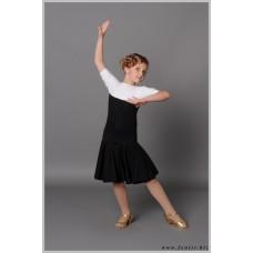 Рейтинговое платье Fenist 810  черно-белый с гипюром