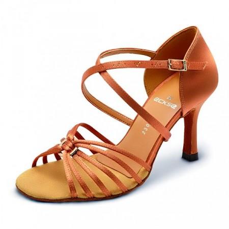 Обувь для танцев
